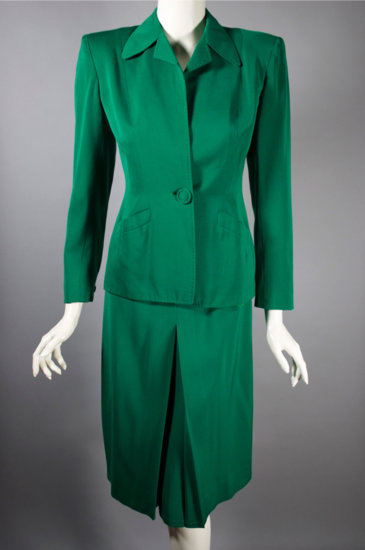 LST121-late 1930s 1940s skirt suit green gabardine XS - 05.jpg