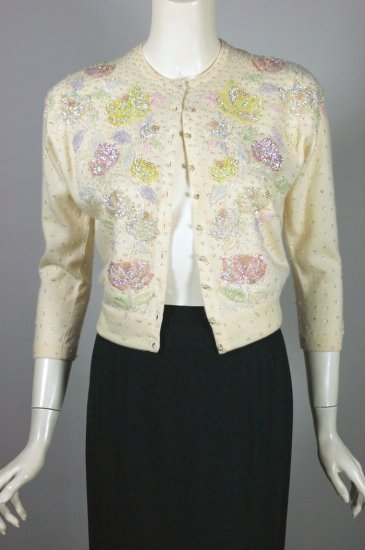 SW189-cream cashmere cardigan beaded sweater 1950s pastel floral - 01.jpg