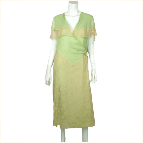 Vintage-1920s-Green-Chiffon-Silk-Lace.png